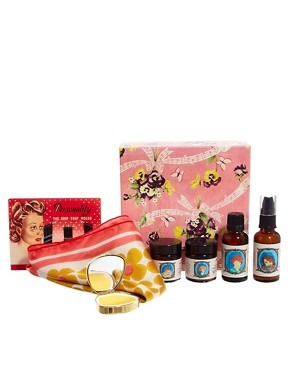 Andrea Garland Box Of Beauty Delights