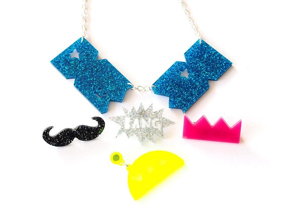 Cracker bang necklace