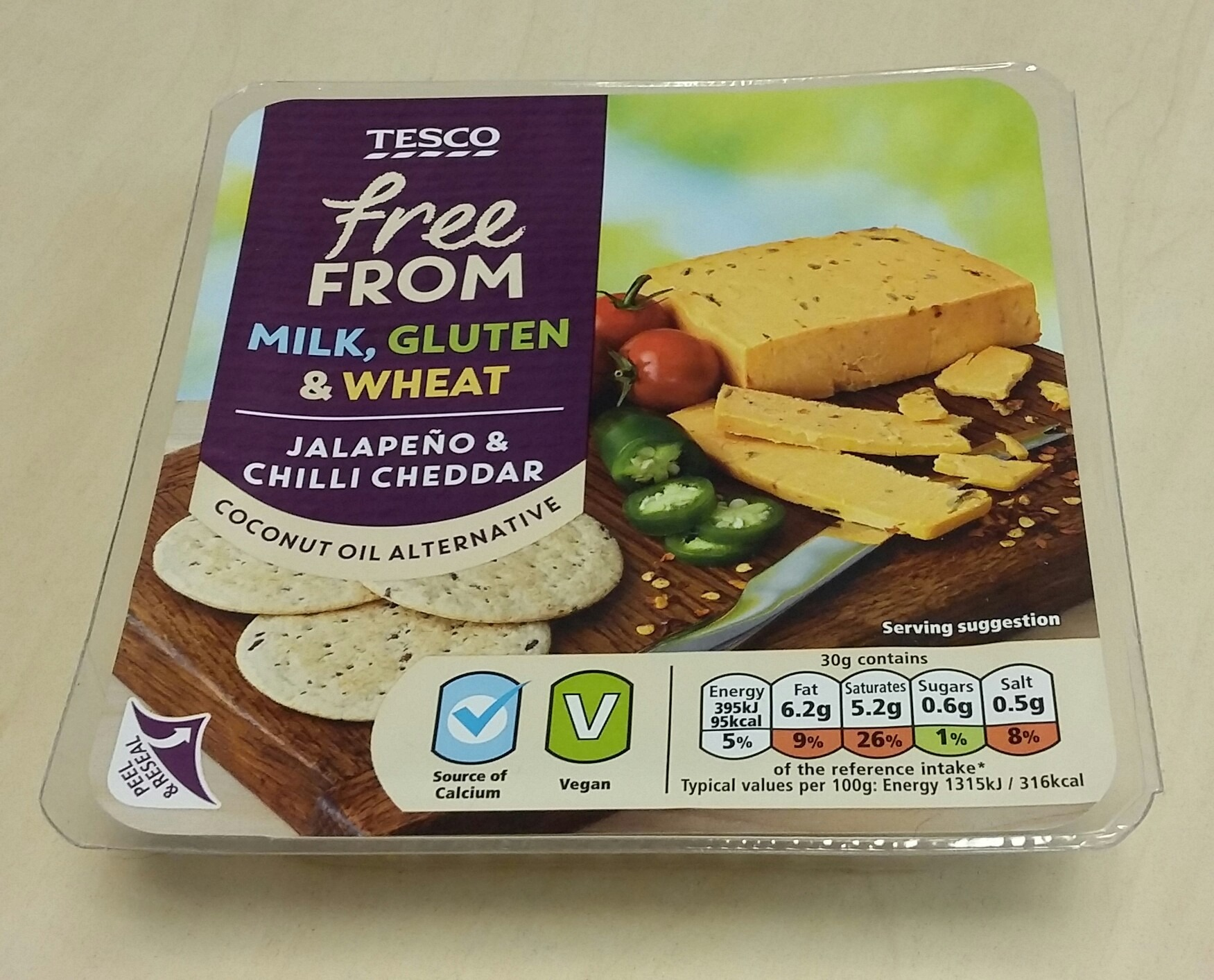 Tesco Free From Jalapeño and Chilli Cheddar
