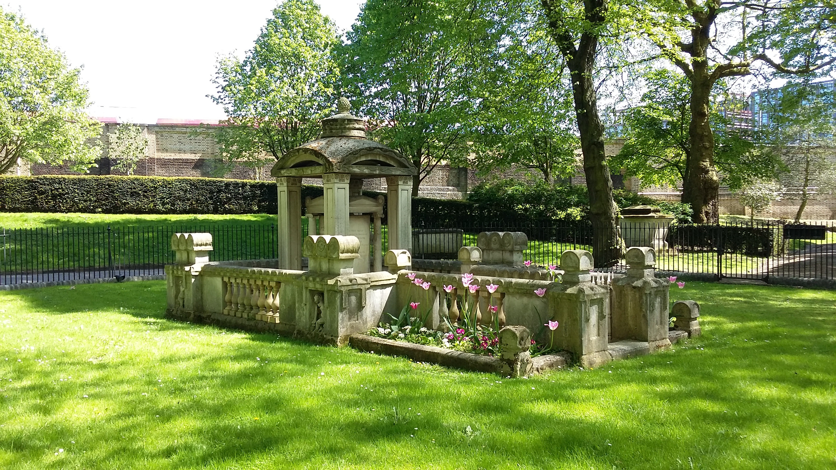 Sir John Soane's tomb