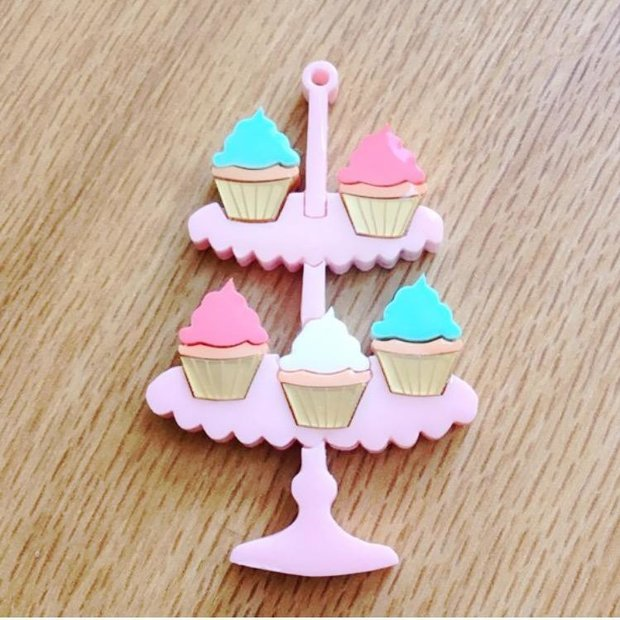 Cupcake O'Clock Brooch