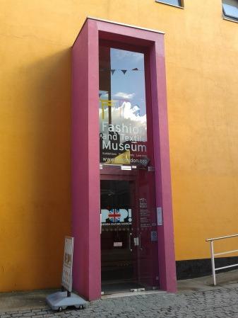 POP! Design Culture Fashion – Fashion & Textile Museum