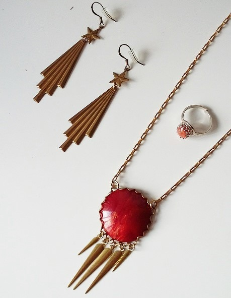 jewellery I wore to the exhibition