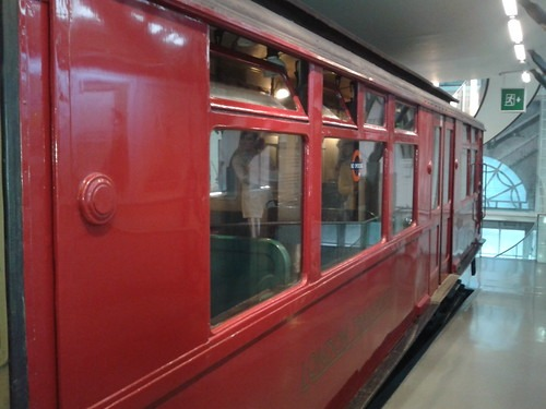 Tube carriage
